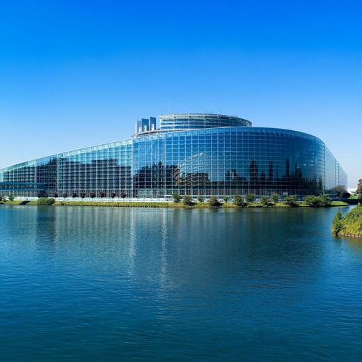 FRANCE ALSACE STRASBOURG NEW EUROPEAN PARLIAMENT AND ILL RIVER : Stock Photo