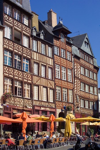 Stock Photo: 4285-8299 FRANCE BRITTANY RENNES PLACE DU CHAMP-JACQUET SQUARE STREET CAFE AND HALF-TIMBERED HOUSES 17 TH Century
