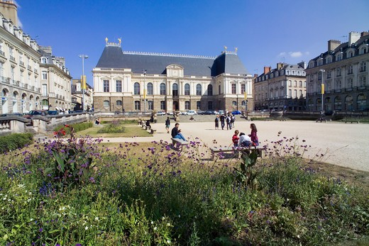 Stock Photo: 4285-8315 FRANCE BRITTANY RENNES SQUARE AND BRITTANY PARLIAMENT BUILDING 17TH Century