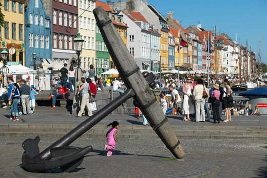 Stock Photo: 4285-9243 THE GIANT ANCHOR AND ANCIENT HOUSES NYHAVN NEW HARBOUR COPENHAGEN DENMARK