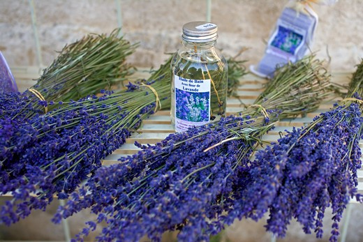 Stock Photo: 4285-9501 BUNCHES AND OIL OF LAVENDER PROVENCE FRANCE