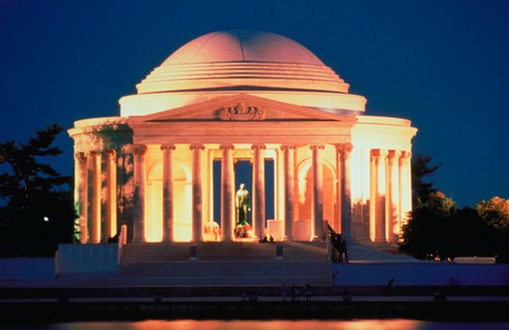 The Jefferson Memorial illuminated at dusk in Washington, D.C. : Stock Photo