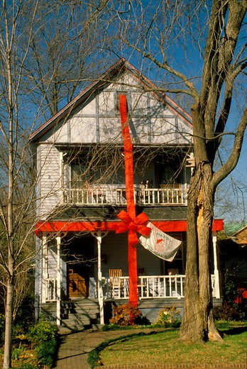House wrapped as gift PR919 : Stock Photo