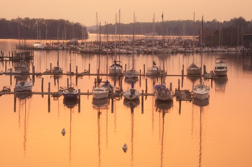 sunset, sunrise, marina, Georgetown, Maryland, Sunset over the marina on Sassatras River in Chesapeake Bay in Georgetown in Maryland. : Stock Photo