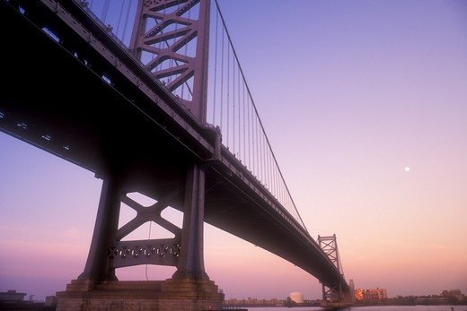 Stock Photo: 4286-19225 bridge, Philadelphia, Pennsylvania, The Benjamin Franklin Bridge spans across the Delaware River, New Jersey/Pennsylvania.