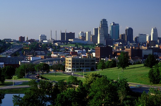 Stock Photo: 4286-19690 skyline, Kansas City, MO, Missouri, View of the downtown skyline of Kansas City.