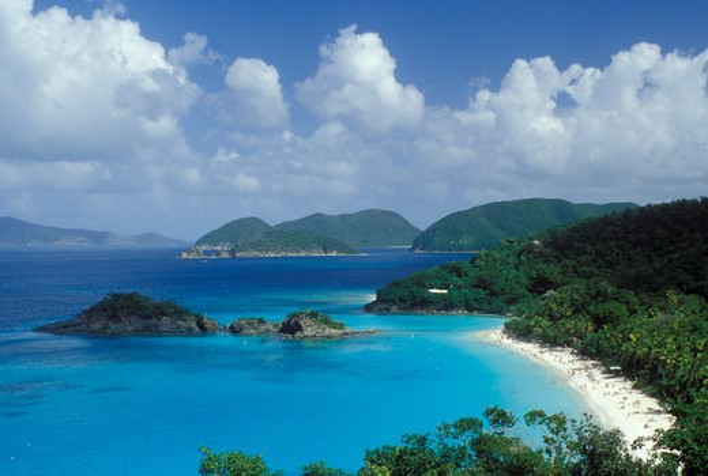 U.S. Virgin Islands, Caribbean, Virgin Islands National Park, St. John, USVI, Scenic view of Trunk Bay Beach in Virgin Islands Nat'l Park on Saint John Island. : Stock Photo