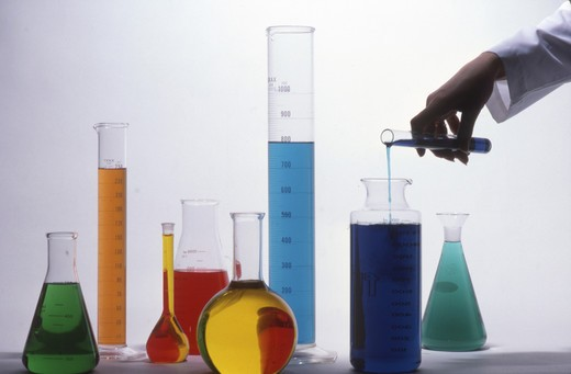 Stock Photo: 4286-21355 Chemicals, measuring, flasks, beakers