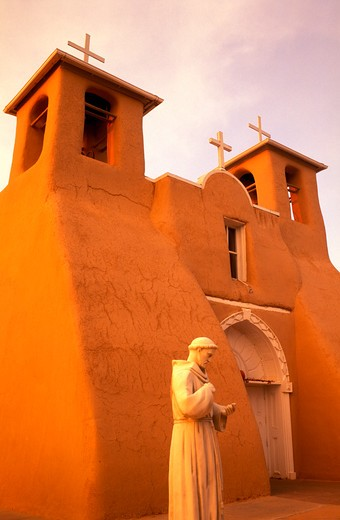 Stock Photo: 4286-23473 USA New Mexico Ranchos de Taos Church of Saint Francis of Assisi built in 1730