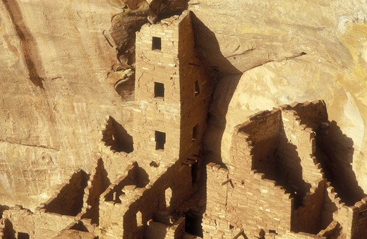 Stock Photo: 4286-24091 USA, Colorado, Mesa Verde National Park, Square House Tower, cliff dwellings of the Anasazi A.D. 1200