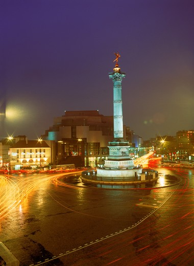 Stock Photo: 4286-27553 Bastille Opera and Column of July at Bastille Square in Paris at night