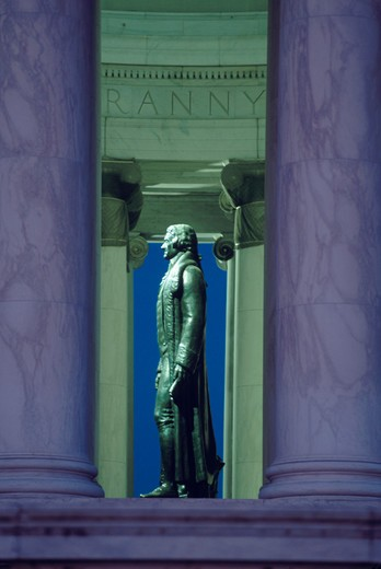 Bronze statue of Thomas Jefferson seen in profile in the rotunda of the Jefferson Memorial, Washington, DC. : Stock Photo