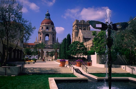 Stock Photo: 4286-32406 View of Pasadena City Hall including the fountain in Pasadena, California.