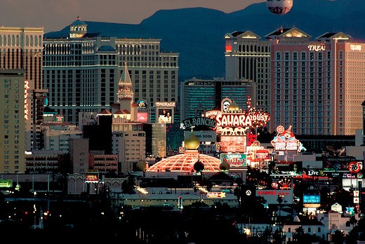 Concentrated view of hotels and casinos in Las Vegas, Nevada : Stock Photo