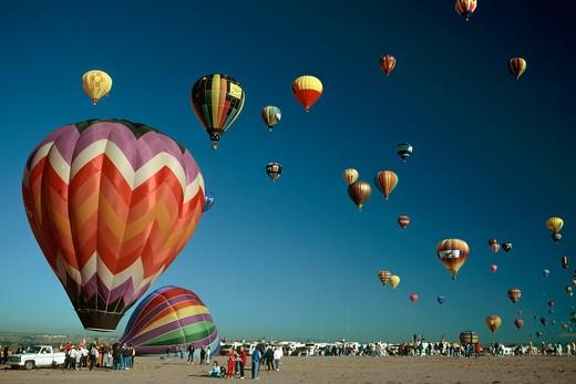 Mass gathering of hot air balloon enthusiasts in Albuquerque, New Mexico : Stock Photo