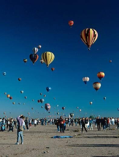 Vertical view of hot air balloon fiesta in Albuquerque, New Mexico : Stock Photo