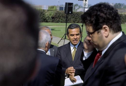 Mayor of Los Angeles Antonio Villaraigosa waiting for media event to start near Los Angeles World Airport : Stock Photo