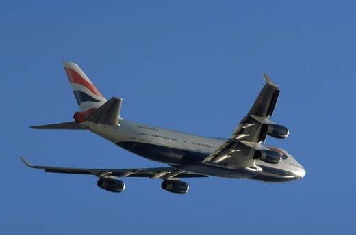A British Airways Boeing 747 jumbo jet ascending after liftoff from LAX, Los Angeles : Stock Photo