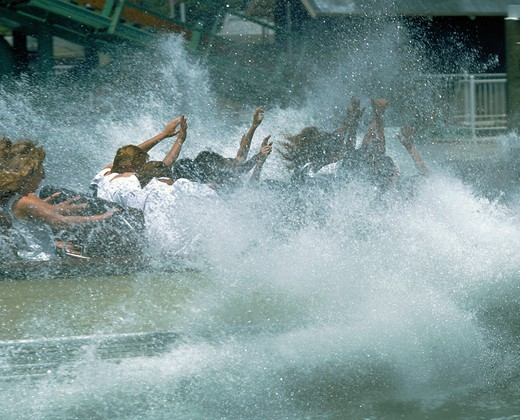 Tidalwave at Six Flags Magic Mountain in Valencia, California - a ride that is guaranteed to leave you totally wet : Stock Photo