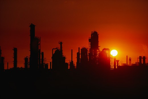 Stock Photo: 4286-34791 Oil refinery in Los Angeles, California.