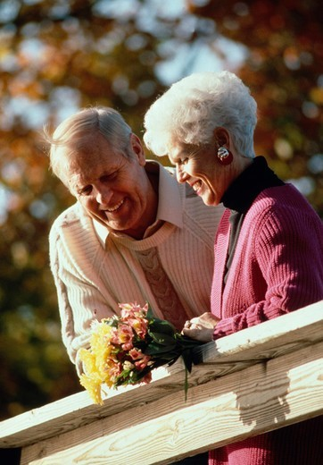 Stock Photo: 4286-39725 Senior couple outdoors, MR
