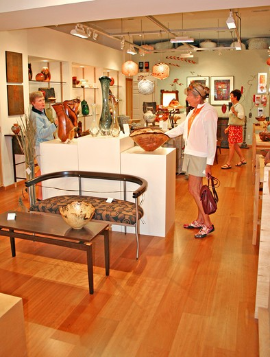 Stock Photo: 4286-42331 people shopping at Art Gallery Bend Oregon
