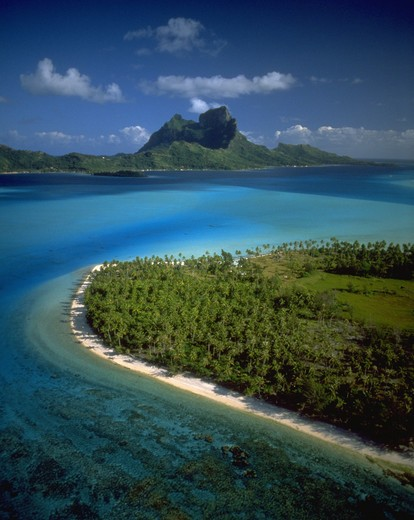 Stock Photo: 4286-44546 Mt. Otemanu, Bora Bora, French Polynesia