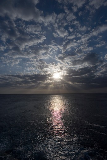 Stock Photo: 4286-52318 Sunset over ocean