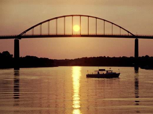 Stock Photo: 4286-56261 Bridge over Chesapeake Bay