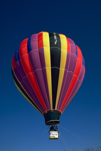Stock Photo: 4286-58401 Hot air balloon at Winterlude, Ottawa, Canada.