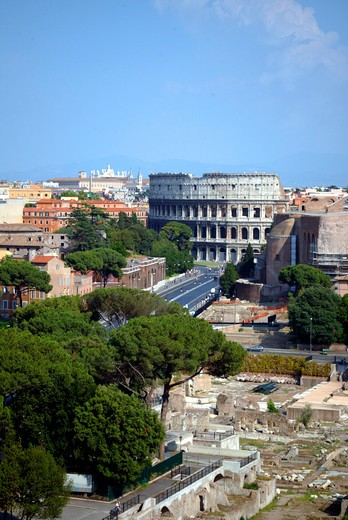 Stock Photo: 4286-63643 Koloseum Via Fori Imperiali, Street Fori Imperiali and Coloseum in Roma Italy
