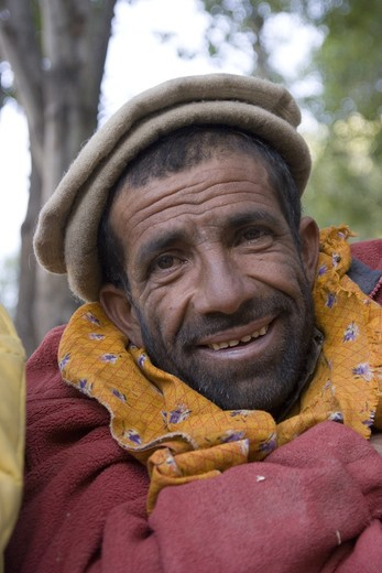 Stock Photo: 4286-72844 A Balti porter in the village of Askole in Pakistan