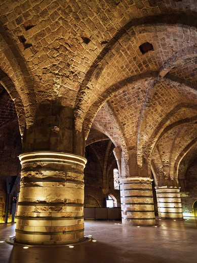 Stock Photo: 4286-74505 Israel, Akko, the Hospitaller, Fortress the Crusaders underground city,The Knights Halls
