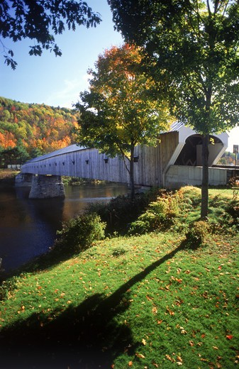 Stock Photo: 4286-76990 New England Cornish bridge over Connecticut River at Windsor, New Hampshire amid autumn colors