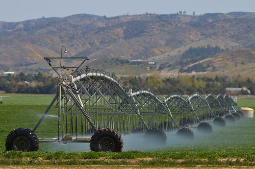 Irrigation equipment of the moveable kind as seen near Antelope Valley, California : Stock Photo