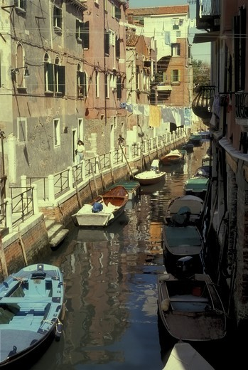 Stock Photo: 4286-83746 Italy, Venice, Canal View
