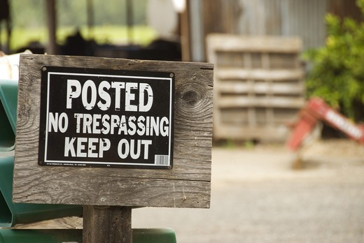 Stock Photo: 4286-84204 No trespassing sign, Sonoma County, CA, USA
