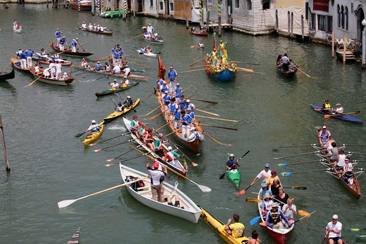 Stock Photo: 4286-86131 Rowboats in the Grand Canal during the Vogalonga, Venice, Italy