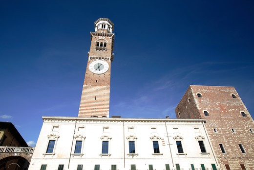 Stock Photo: 4286-86248 The bell tower in Piazza delle Erbe, Verona, Italy