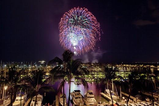Stock Photo: 4286-88729 Fourth of July fireworks display, Ala Wai Yacht Harbor, Waikiki, Honolulu, Oahu, Hawaii