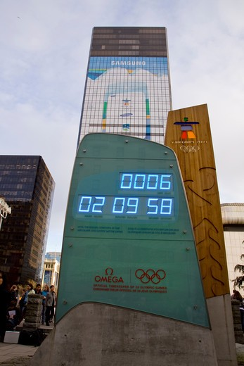 countdown clock in leadup to the 2010 Winter Olympic Games in Vancouver, Canada : Stock Photo