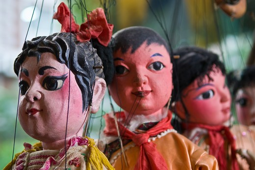 Chinese style Dan Young Lady marionettes in Jinshow Zhuang puppet store and museum, Quanzhou, Fujian Province, China : Stock Photo