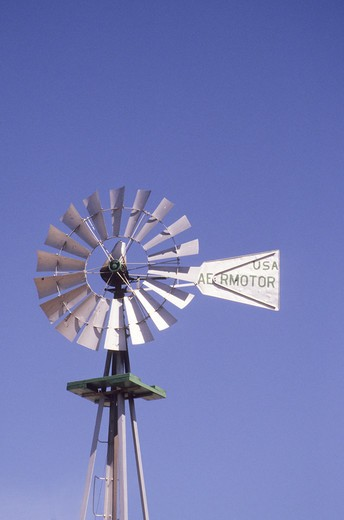 Stock Photo: 4286-91253 Steel blade windmills have been used in the United States for decades to pump water