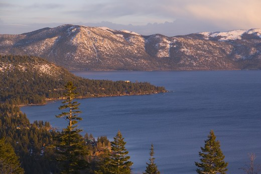 Stock Photo: 4286R-15534 Sunset on Lake Tahoe in winter, California at sunset