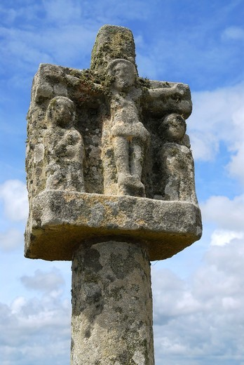 Stock Photo: 4286R-2491 Breton stone cross near Tumulus Saint-Michel church in Carnac, South Brittany, France