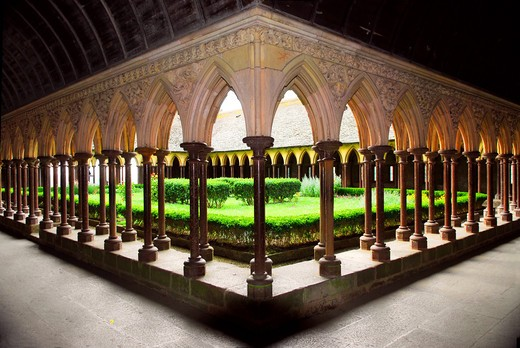 Stock Photo: 4286R-3369 Cloister garden in Mont Saint Michel abbey in France