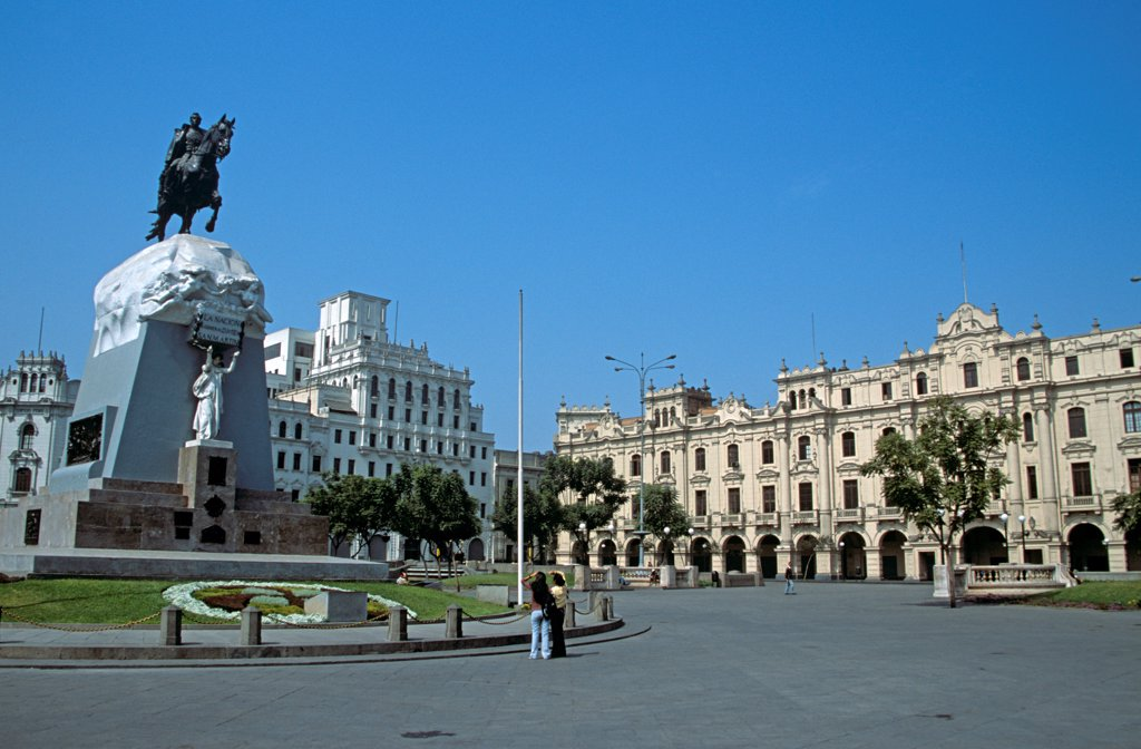 Stock Photo: 4290-10001 General Jose de San Martin Statue, Plaza San Martin, Lima, Peru