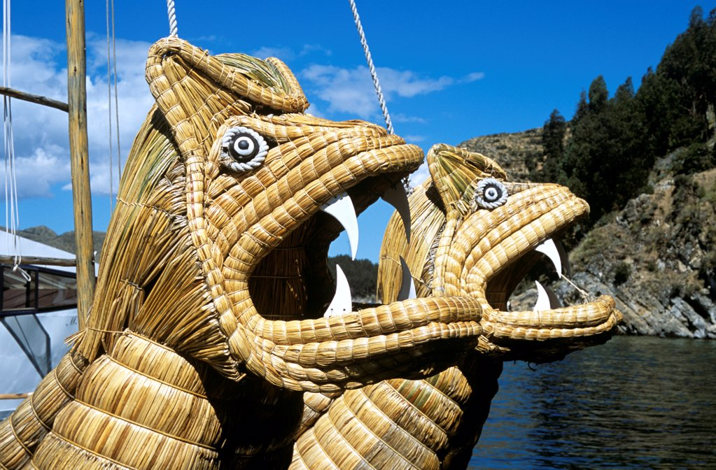 Animal heads on bow of Inti Wata reed boat on Lake Titicaca, Sun Island, near Copacabana, Bolivia : Stock Photo