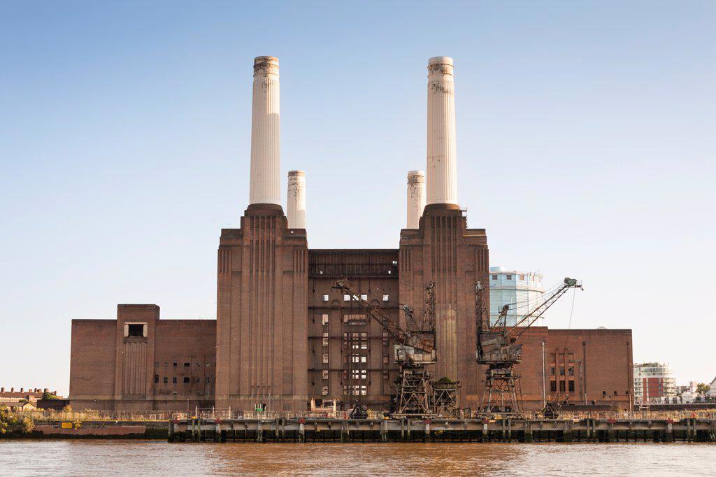 Stock Photo: 4290-10187 Battersea Power Station beside the River Thames, Battersea, London, England
