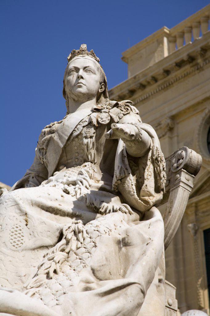 Queen Victoria statue, Republic Street, outside the library, Valletta, Malta : Stock Photo